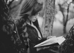 я б ніколи такої не зміг обірвати на слові і потім як її відірвати від книг як її відшукати у плоті